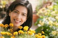 woman with flowers (horizontal) - Alex Mares-Manton