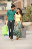 couple shopping - Vivek Sharma