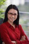 woman with glasses - Yukmin