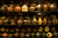 Teapots display, Yuyuan Commercial Center, Shanghai, China - OTHK