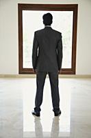 businessman, backside - Alex Mares-Manton