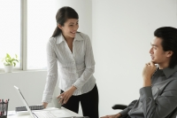 Colleagues discussing - Yukmin