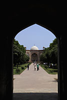 View through an arch of Humayun's Tomb. New Delhi, India - Alex Mares-Manton