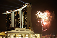 Fire works and laser show at Marina Bay Sands, Singapore - Yukmin