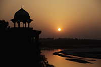 Sunset over the Taj Mahal and the River Yamuna, Agra, India - Alex Mares-Manton