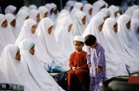 Malaysia, Kota Bharu, Children accompany their mothers during Friday prayer at Kubang Kerian Mosque. - Steve Raymer