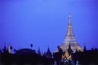 Myanmar (Burma), Yangon (Rangoon), Shwedagon Pagoda. - Steve Raymer