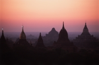 Myanmar (Burma), Bagan, Temples of Bagan at dawn - John McDermott