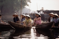 Vietnam, Hue, locals on boats at morning market - Jill Gocher