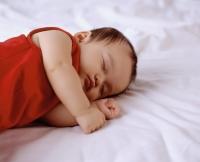 Baby girl, 3 to 6 months. - Erik Soh