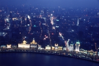 China, Shanghai, aerial view of the Bund - Alex Mares-Manton
