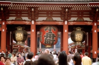 Japan, Tokyo, Asakusa, Hozomon Gate at Kannon Temple - Alex Microstock02