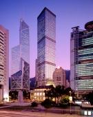 China, Hong Kong, Central Banking District at dusk - Carsten Schael