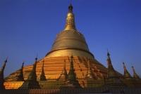 Myanmar (Burma), Bago, Golden stupa, Shwemawdaw paya. - Martin Westlake