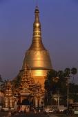 Myanmar (Burma), Bago, The golden stupa of Shwemawdaw paya - Martin Westlake
