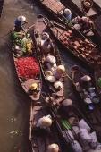 Vietnam, Can Tho, Hau river, Vegetables sellers, floating market. - Martin Westlake