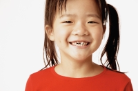 Girl smiling, portrait. - Erik Soh