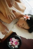Young woman receiving back massage - Alex Microstock02