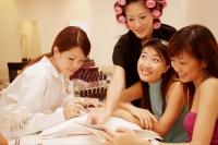 Young women at a beauty salon - Alex Microstock02