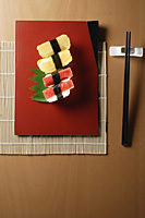 4 pieces of sushi, kanikama and tamago nigiri - Asia Images Group
